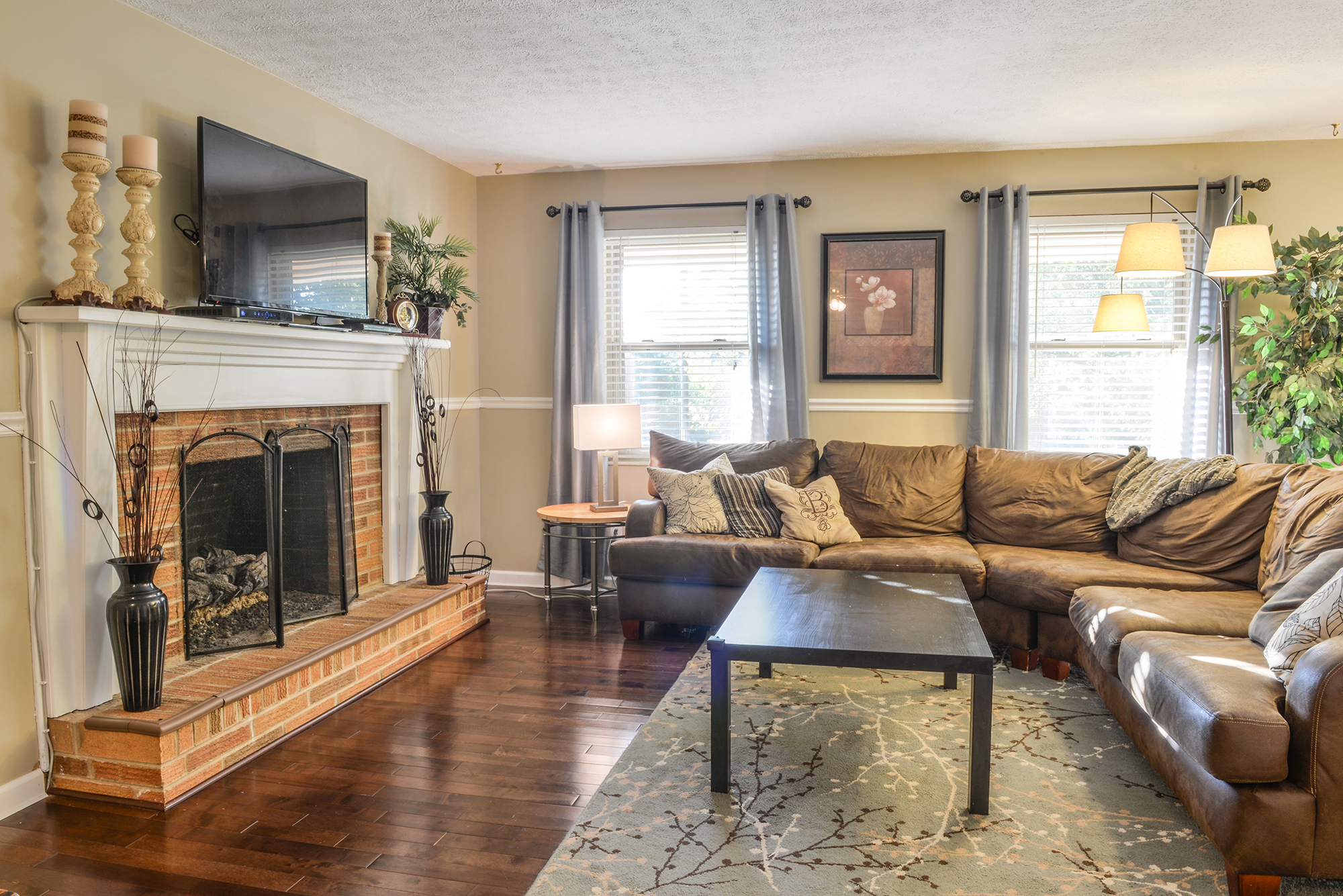 Living Room - Real Estate Photography in Maryville, TN